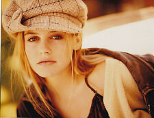 ALICIA SILVERSTONE 8 X 10 COLOR PHOTOGRAPH