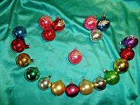~ 20 kleine alte Christbaumkugeln Glas gold rot grün blau pink Weihnachtskugeln