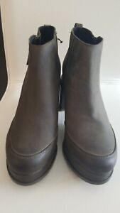 NEW Sorel Blake Quarry Leather Zip up Platform Ankle Boots Women's Size 11