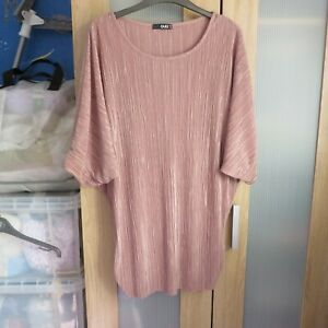 QUiz, Light coffee coloured Pleated top size 16