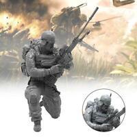 1* 1/35 Epoxy Resin Soldier Model Unpainted Unassembled DIY