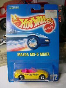 Hot Wheels Mazda Miata MX-5 BW 1992 172 1/64 BP. 21b