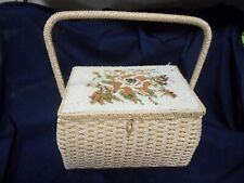 VINTAGE WOVEN WICKER SEWING BASKET~ FLORAL TOP~ JAPAN  DS387