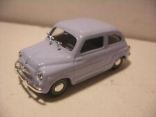 Voiture SOLIDO 1/43 FIAT 600 D 1963 Bleu / gris Neuf
