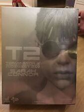 HOT TOYS TERMINATOR 2 Judgment Day 1/6 Scale Figure Sideshow MMS119 SARAH CONNOR