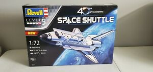 Revell 40th Anniversary Space Shuttle 1:72 Scale Plastic Model Kit 05673
