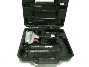 Porter Cable Pneumatic Brad Nailer Kit, 18 Gauge Air Nailer with Case, BN200C