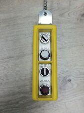 Nice Woodhead Safeway LR32400 LR-32400 Ser. 4000 4 Button Pendent Control Statio