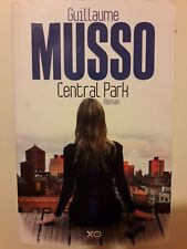 GUILLAUME MUSSO CENTRAL PARK + PARIS POSTER GUIDE