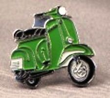 métal émail épinglette broche SCOOTER VESPA Moto Motard Cavalier Vert