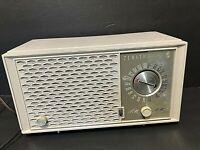 VTG. MCM 1950's Zenith AM/FM Tube Radio Model H723 Mid-Century Honeycomb  WORKS!