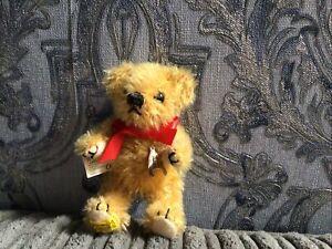 Tiny Merrythought Wishbone Bear.