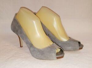 BANANA REPUBLIC Sz 8.5 Gray Suede Peep Toe Pump Shoes Heels
