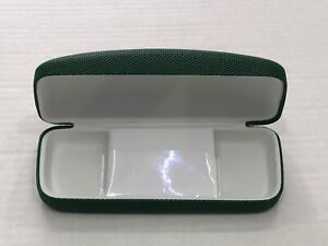 Lacoste Hard Green eyeglass Sunglasses Case clamshell with cleaning cloth LG2