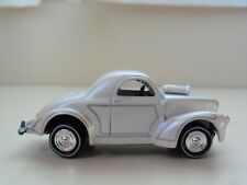 JOHNNY LIGHTNING - AMERICAN GRAFFITI - 1941 WILLYS COUPE (GASSER) - 1/64 (LOOSE)