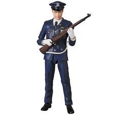 MAFEX N0.62 MAFEX BATMAN THE JOKER Cop Ver. THE DARK KNIGHT Action Figure W/T