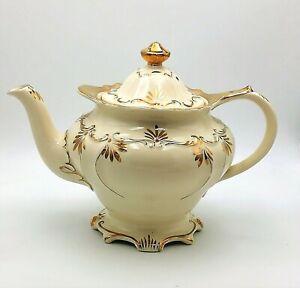 Vintage Cream And Gold Footed Sadler Tea Pot Teapot  * SECOND * 2 Pint