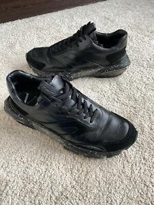 Valentino Garavani Low Bounce Sneaker Schuhe in Schwarz Leder Grösse 43