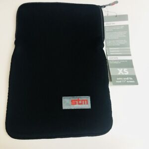 """STM Universal Padded Tablet Case Black Glove XS Fits Up To 11"""" Screens Dp-2105"""