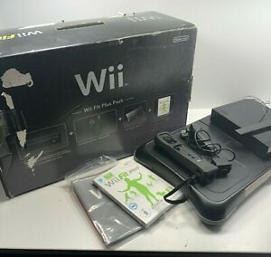 Nintendo Wii Console Wii Fit Board Plus Black Boxed Console Bundle all Complete