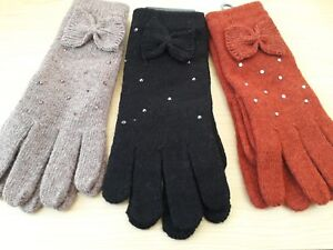BNWT 35% Wool Mix Ladies Knitted Gloves with a Decorative Bow Beige Black Tan
