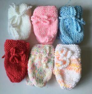 Baby mittens 0-3 months £2.99 inc p&p