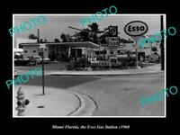 OLD 8x6 HISTORIC PHOTO OF MIAMI FLORIDAVIEW OF THE ESSO GAS STATION c1960