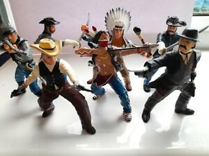 Cowboys and Indians And US Civil War Soldiers toy action figures