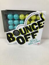 Mattel BOUNCE OFF Game 8 Blue 8 Green Balls Holder Cards Tray Complete