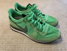 Rare Nike Internationalist Green Size 11