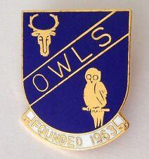 Owls Bowling Club Badge Pin Rare Owl Deer Design Vintage UK (M19)