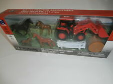NewRay Kubota M5-111 Tractor Loader 4 Horses Fence Hay Farm Ranch Stable Playset