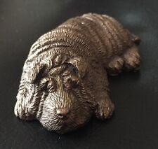 Hübsche alte Bronze Figur - schlafender Hund