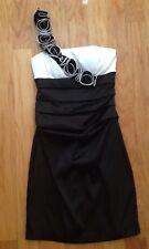 B.DARLIN BLACK WHITE ONE SHOULDER STRETCHIE COCKTAIL DRESS  SZ 3/4
