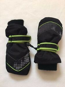 VGUC The Children's Place Black Boys Winter Snow Water Resistant Mittens 2-4 y