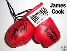 Autografiada Mini Guantes De Boxeo James Cook