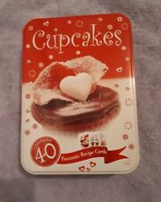CUPCAKES COLLECTABLE TIN WITH 40 LARGE RECIPE CARDS
