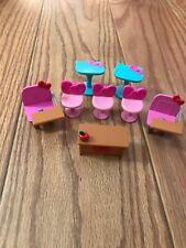 Hello Kitty Accessories Lot School Desks. (tub #6)