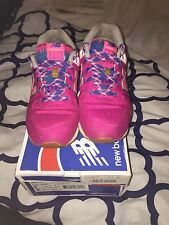 Girls Gs New Balance Bright Pink Blue And White Low Running Shoes Girls Size 6