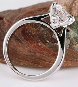 18K WHITE GOLD ON SILVER 2 CARAT IDEAL CUT SIMULATED MOISSANITE RING_SIZE 7