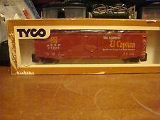 HO Scale Tyco  ATSF Santa Fe El Capitan 50' Plug Door Boxcar # 339A-300