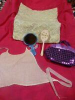 lot =miroir tinnie ,  divers accessoires =bavoir ,sac ,édredon dentelle etc...