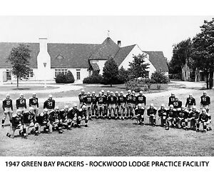 1947 GREEN BAY PACKERS - ROCKWOOD LODGE PRACTICE FACILITY, 8X10 B&W Photo