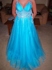 NWT Beautiful SHERRY HILL LIGHT BLUE  iridecent  BEAD Prom Party Evening gown 6