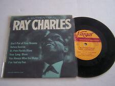 EP 6 TITRES 45 T VINYL , RAY CHARLES , L ' AUTHENTIQUE . GALA DES VARIETES 324 .