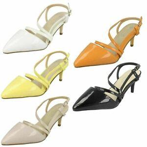 Oferta Mujer Spot On Tira Trasera Zapatos de Charol F9R0058