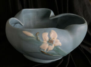 Vintage Weller Pottery Since 1872 Blue Decorated Bowl with White Floral Design