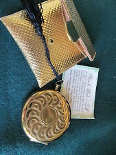 ZELL POWDER COMPACT WATCH STYLE GOLD MIRACLE MESH PURSE POUCH & PAPER WORK
