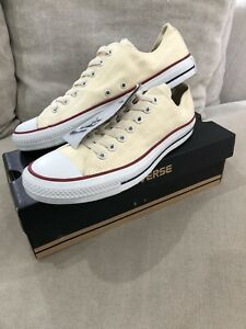 New CONVERSE White Chuck Taylor Low Tops US Mens 9 Shoes Sneakers [C185]