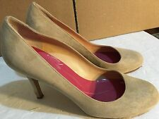 "KATE SPADE Italy ,Classic, Beige Suede,3.5""Hills  SHOES, size 8"